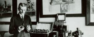 Nikola Tesla history's greatest geniuses